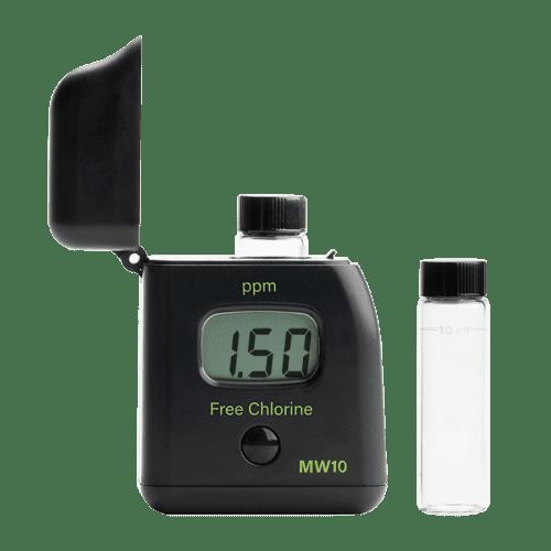 Milwaukee Electronics (США) MW10 (Фотометр свободный хлор) вид спереди открытый
