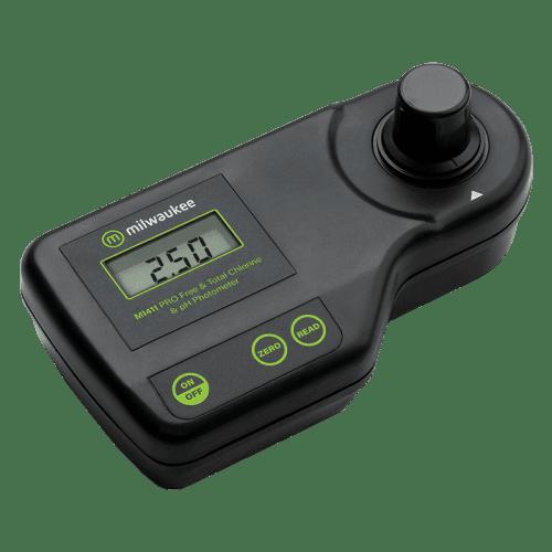 Milwaukee Electronics (США) Mi411 (Фотометр pH, свободного и общего хлора) вид сбоку